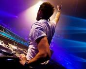 Gareth Emery DJing